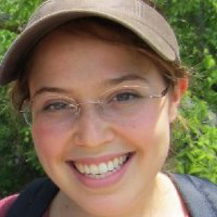 Amy Gilson Headshot.png