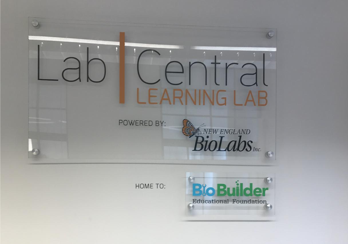 Lab Central Plaque