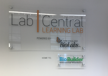 Lab Central Plaque